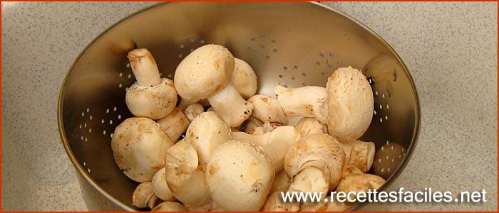recette des champignons de paris frais saut s l 39 ail et au persil. Black Bedroom Furniture Sets. Home Design Ideas